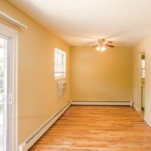 Terrace View Apartments For Rent in Toms River, NJ Living Room