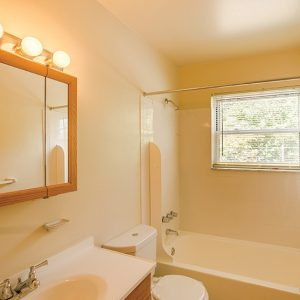 Terrace View Apartments For Rent in Toms River, NJ Bathroom